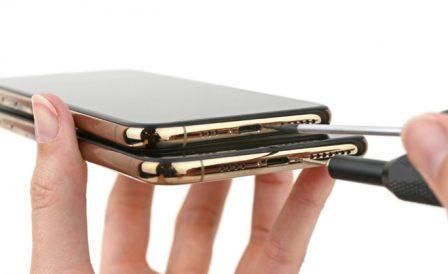 Ce qui change à l'intérieur des iPhone XS: puce de gestion batterie signée Apple et antennes 3