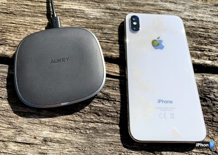 En promo flash courte / Test du chargeur sans-fil de Aukey: la recharge iPhone discrète et élégante 10