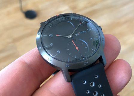 Test de la Steel HR Sport de Withings: une montre connectée pour la santé, cachée derrière des aiguilles mécaniques 7