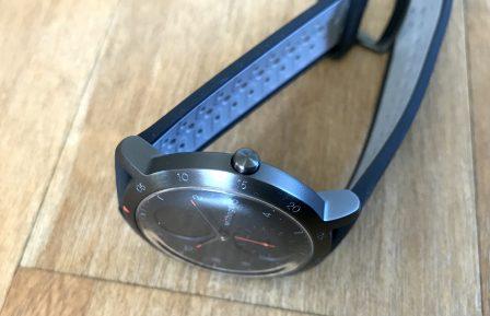Test de la Steel HR Sport de Withings: une montre connectée pour la santé, cachée derrière des aiguilles mécaniques 5