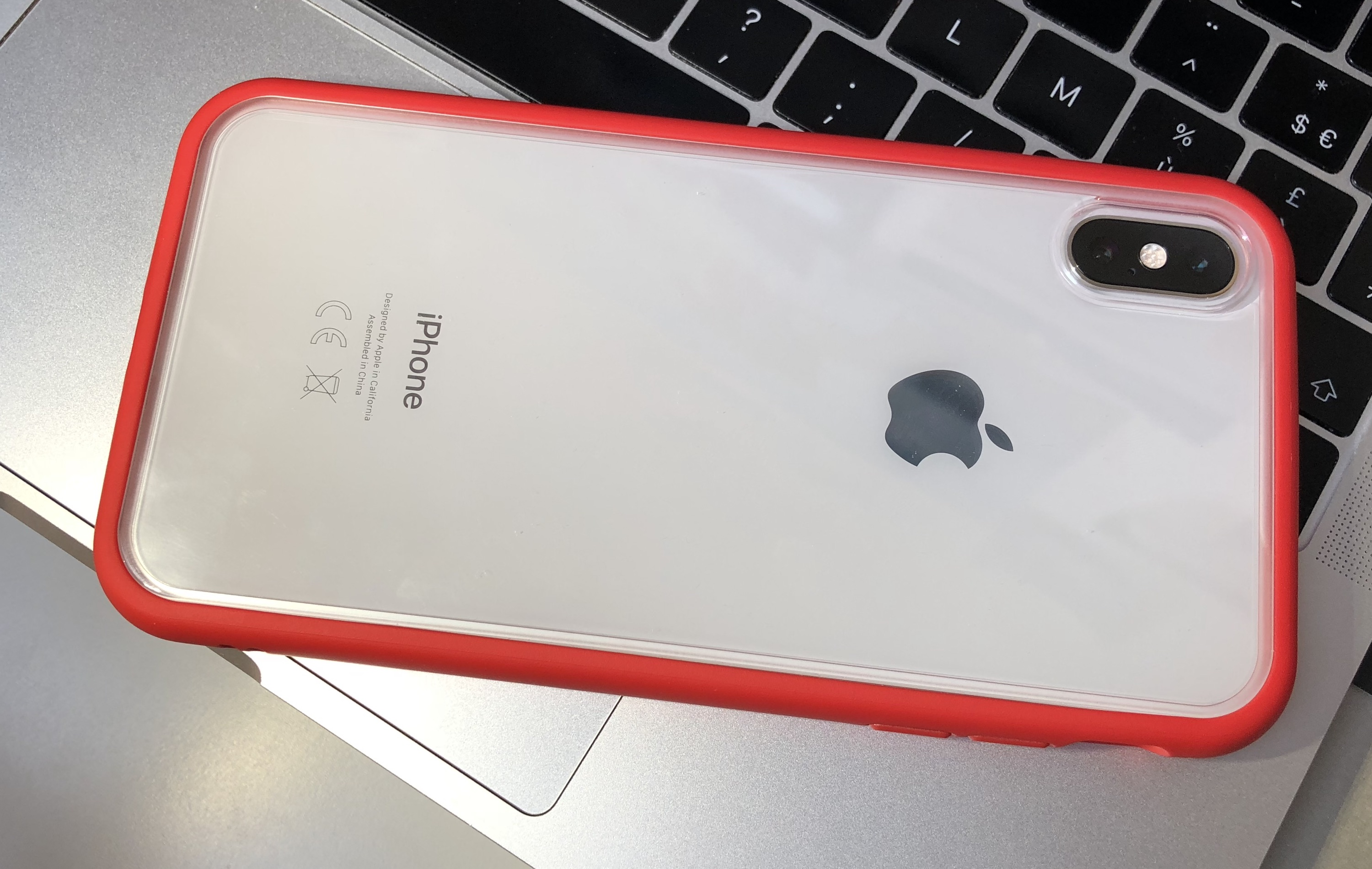 coque iphone xr rhinoshield rouge