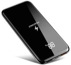 Promo flash sur jolie batterie 10 000 mAh avec recharge sans-fil, afficheur numérique et entrée USB-C 2