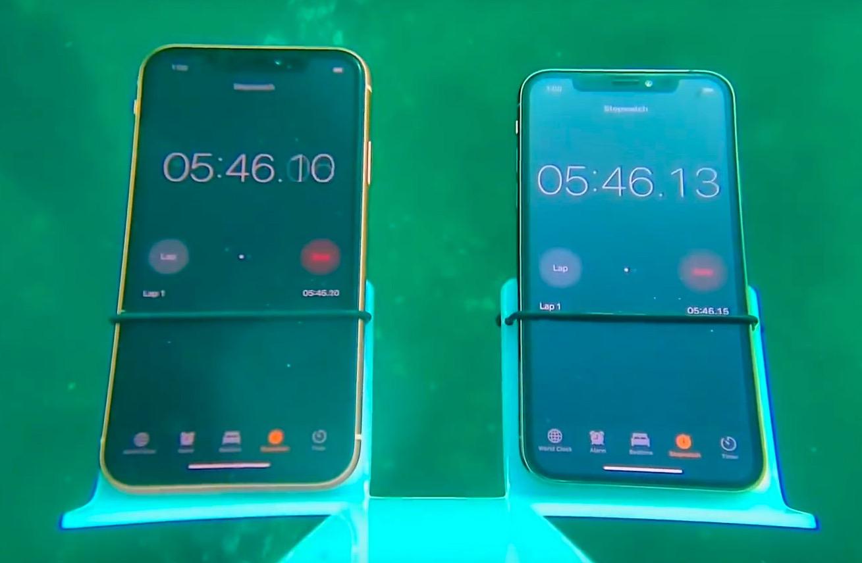 coque iphone xr sous l'eau