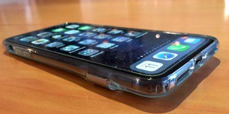 Test lecteur: la coque transparente ESR pour iPhone X, XR, XS, avec support béquille métallique! 3