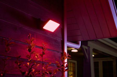 Capteur de mouvement et nouvelles lampes pour l'extérieur dans la gamme Philips Hue (Homekit) 3