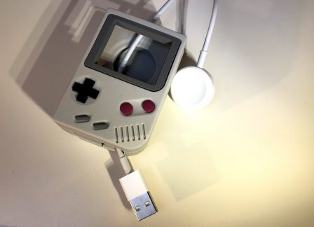 En promo flash - Test : support Elago W5, l'Apple Watch devient Game Boy avec un support de recharge rétro ! 7