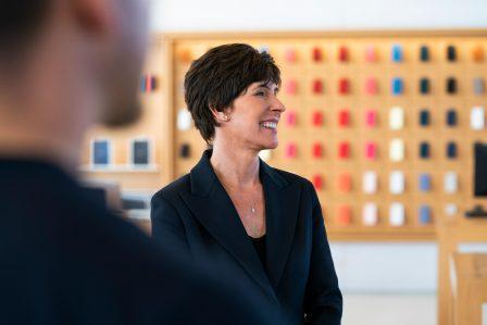Départ surprise: Angela Ahrendts, responsable des Apple Store et de leurs équipes, quitte Apple 2