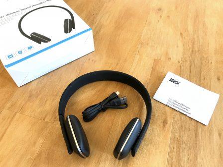 Test du casque audio Bluetooth EP636 signé August: un poids plume qui cache bien son jeu 2