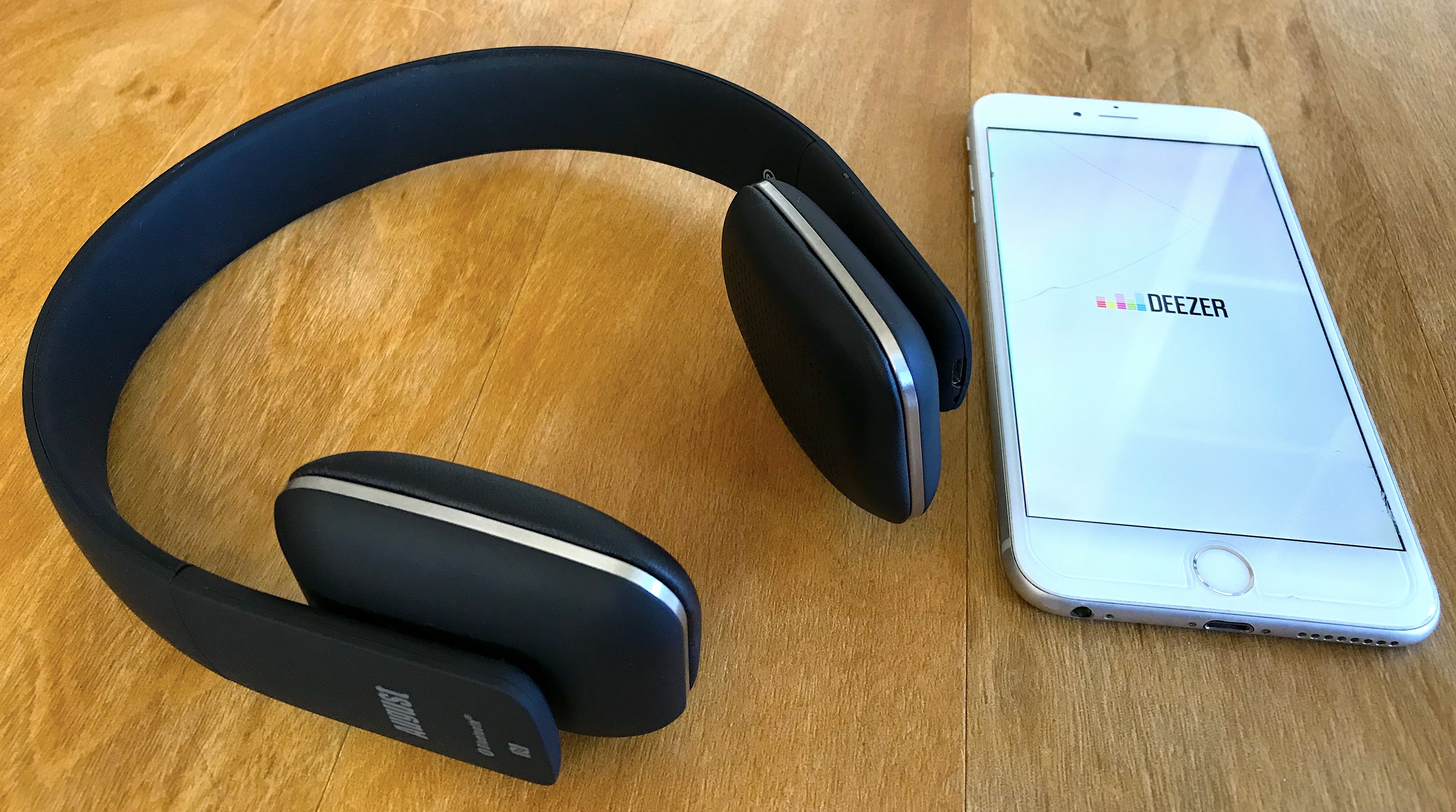 Test Du Casque Audio Bluetooth Ep636 Signé August Un Poids Plume