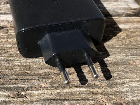 Code promo dispo. / Test du chargeur mural Aukey: deux prises USB-C et USB-A, 56 W (pour recharge rapide iPhone + pour iPad et Mac) 5