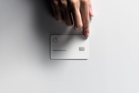 La carte de crédit Apple: un design travaillé, véritable produit de l'attention aux détails d'Apple 2