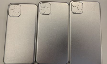 Des empreintes d'iPhone 2019 en alu confirment la présence du gros carré photo au dos 2