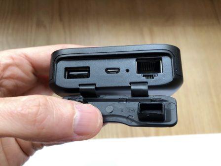 En photos avant son test: le tout nouveau FileHub, de RavPower: lecteur de clé USB sans-fil, routeur, transfert de données, etc.... 11
